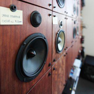 大阪 オーダー家具 ブビンガ無垢材オーディオボード