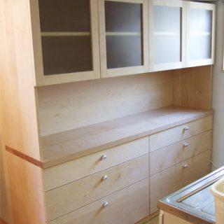 大阪 オーダー家具 メープル無垢材食器棚