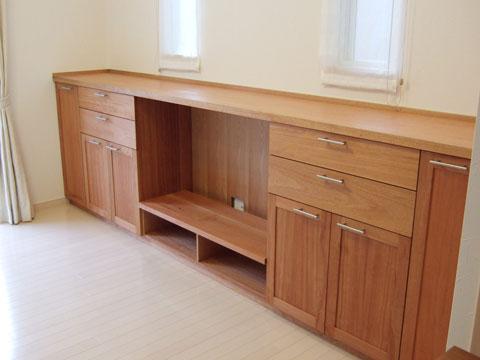 大阪 オーダー家具 イタヤ楓(メープル)造り付けAVボード