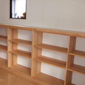 大阪, オーダー家具 パイン無垢材 サクラ無垢材(天板)サイドボード
