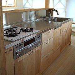 大阪 オーダー家具 メープル無垢材、ヒバ無垢材 オーダーキッチン