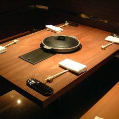 大阪 オーダー家具 アメサラ無垢材 飲食店4人がけテーブル