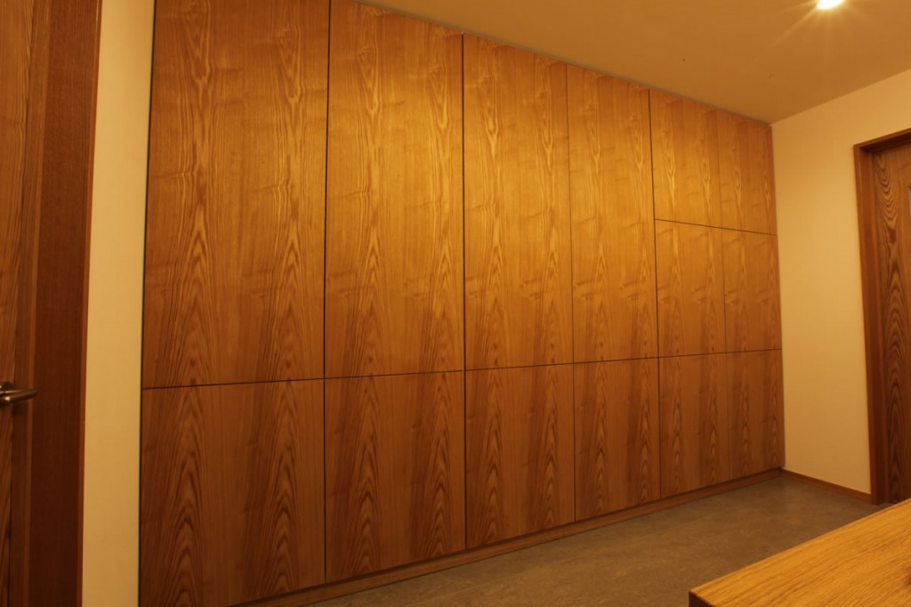 収納棚, パウダールーム, 無垢, 壁面, 大阪, オーダー家具, 無垢材 壁収納棚