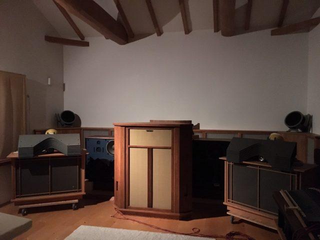 無垢 自作スピーカー ステレオ オーディオ モノラルスピーカー オーク 大阪 スピーカー オーダー家具 ナラ 無垢材 音との対話を重ねたモノラルスピーカー