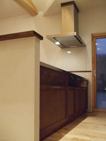 無垢 大阪 オーダーキッチン ウォールナット オーダー家具 無垢材 ウォルナット、ヒノキ無垢材(キャビネット) オーダーキッチン